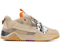 Sneakers mit Kabelbinder-Detail