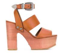 Sandalen mit Plateau - women