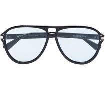 aviator-frame sunglasses