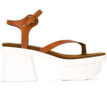 Sandalen mit Pleateausohle