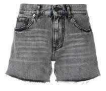 Shorts mit ausgeblichenem Effekt