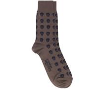 Socken mit Totenkopf-Motiv