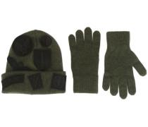Set aus Handschuhen und Wollmütze