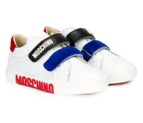 Sneakers mit Logos