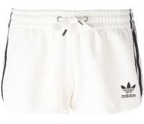 Shorts mit drei Streifen