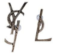 Dekonstruierte Ohrringe mit Monogramm