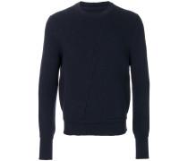 Pullover mit weißer Naht