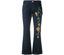 Ausgestellte Jeans mit Stickerei - women