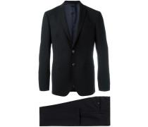 Zweiteiliger Anzug mit Klapptaschen