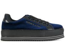 Flatform-Sneakers aus Samt