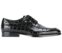Derby-Schuhe mit Krokodillederprägung