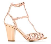 Sandalen mit Nietenverzierung