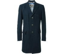 Mantel mit markanten Nähten