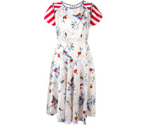 Ausgestelltes Kleid mit Print