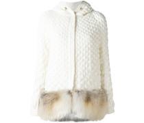 Wattierter Mantel mit Fuchspelzbesatz