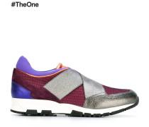 Sneakers mit elastischen Riemen