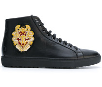 High-Top-Sneakers mit Wappen-Patch