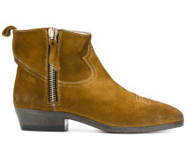 Stiefel mit Kontrastdetail