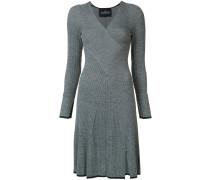 Gestreiftes Kleid mit geripptem Design