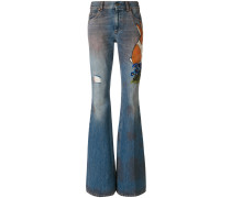Jeans mit ausgestelltem Bein