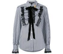 Gestreiftes Hemd mit gerüschter Borte