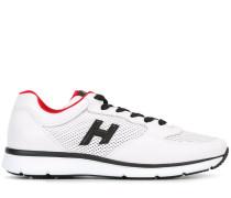 Sneakers mit perforiertem Einsatz