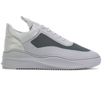 Sneakers mit Plateausohle