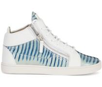 Sneakers mit Eidechsen-Effekt