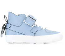 High-Top-Sneakers mit Riemen