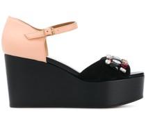Verzierte Flatform-Sandalen