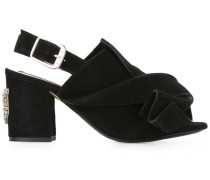 Sandalen mit Katzenapplikation