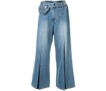 Weite Jeans mit Gürteltasche