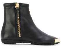toe cap ankle boots