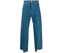 Asymmetrische Jeans mit Logo-Patch