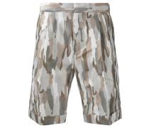 Shorts mit CamouflagePrint