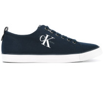 CanvasSneakers mit Logo