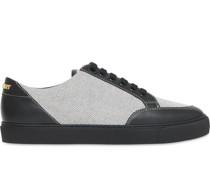 Canvas-Sneakers mit Ledereinsätzen