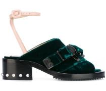 - Sandalen mit Schnallen - women