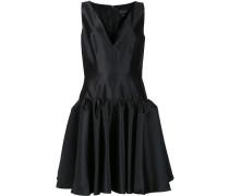 Ausgestelltes Kleid mit tief sitzender Taille