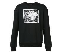 - contrast Medusa print sweatshirt - men