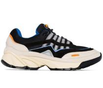 'Demo Runner' Sneakers