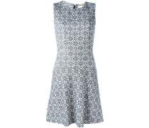 Jacquard-Kleid mit ausgestelltem Saum