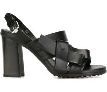 Sandalen mit Zierschleife