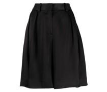 Weite Shorts mit Bundfalten