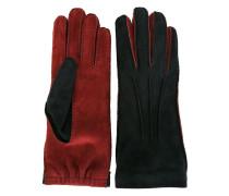 Zweifarbige Handschuhe