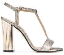 Metallische Sandalen mit T-förmigem Riemchen
