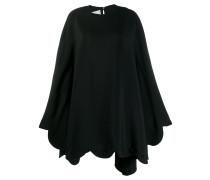 Kurzes Kleid mit Wellensaum