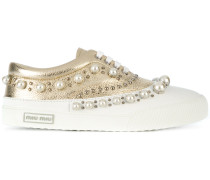 Metallic-Sneakers mit Perlenverzierung