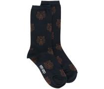 Socken mit Tigermuster