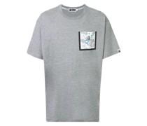 A BATHING APE® T-Shirt mit Logo-Tasche